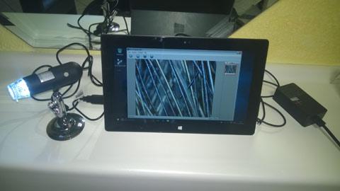 Digitales Mikroskop mit Tablet